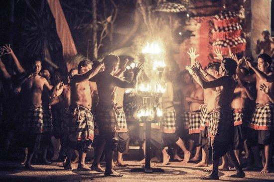 kecak-fire-trance-dance